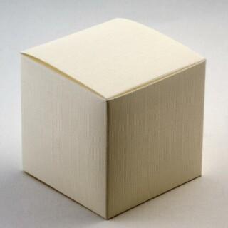 Kubusdoosjes - Ivoor Zijdeglans - 9 x 9 x 9 cm - 10 Stuks