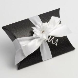 Doosjes Zwart Leatherlook – Sachet 11 x 12 x 3.5 cm – 10 Stuks