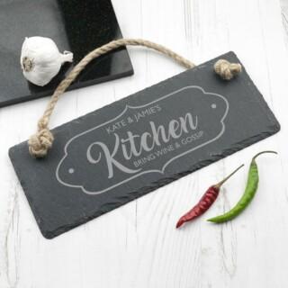 Leisteen Hangbord met Tekst - Our Kitchen